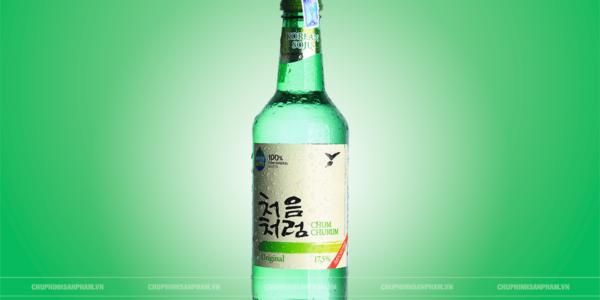 Chụp hình quảng cáo sản phẩm chai rượu