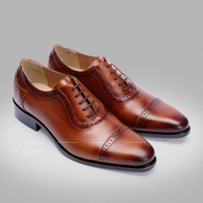 Chụp hình sản phẩm giày da