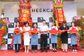 Chụp hình sự kiện khai trương Heekcaa Việt Nam