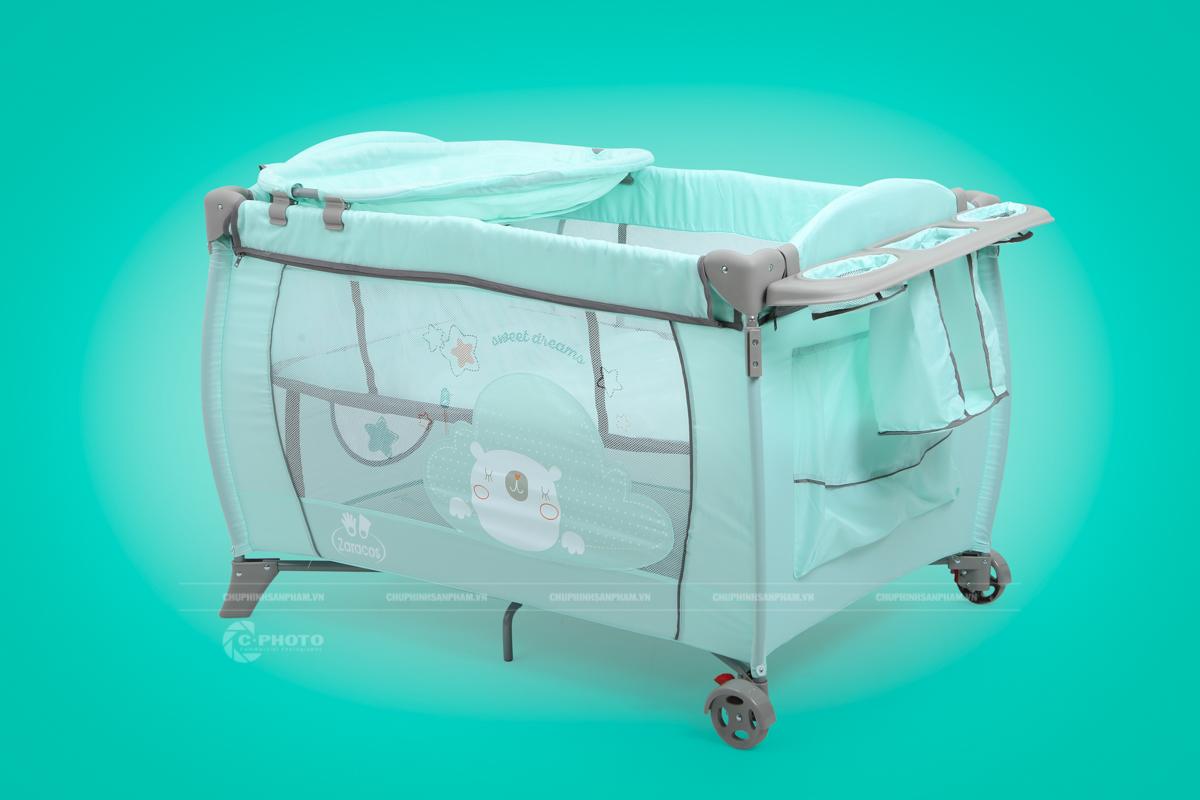 Chụp hình xe đẩy em bé Zaracos