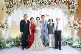 Chụp ảnh tiệc cưới in lấy ngay
