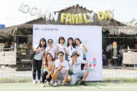 Chụp ảnh ngày hội gia đình