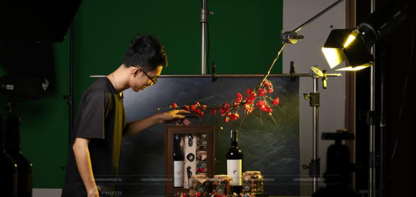 Chụp hình quảng cáo quà Tết 2021 tại studio C-PHOTO