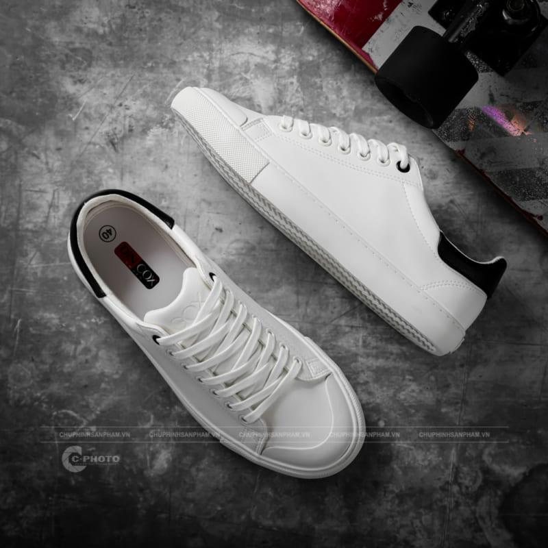 Chụp hình giày DINCOX-SHOES phong cách mới lạ độc đáo!
